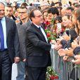 François Hollande arrive au siège du parti socialiste rue de Solférino après la passation de pouvoir à Paris le 14 mai 2017.