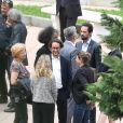 Exclusif - François Hollande aux cotés de son père et de son fils Thomas Hollande, a accompagné son frère aîné Philippe Hollande pour son dernier voyage au funérarium de Cannes à 12h00 le 22 mai 2017.