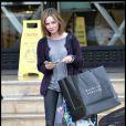 Calista Flockhart a choisi les UGG version gris souris pour faire ses courses de Noël en décembre dernier à Los Angeles.