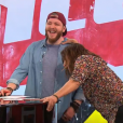 Nicola Cavallaro et Zazie lors de la finale de  The Voice 6 , le 10 juin 2017 sur TF1.