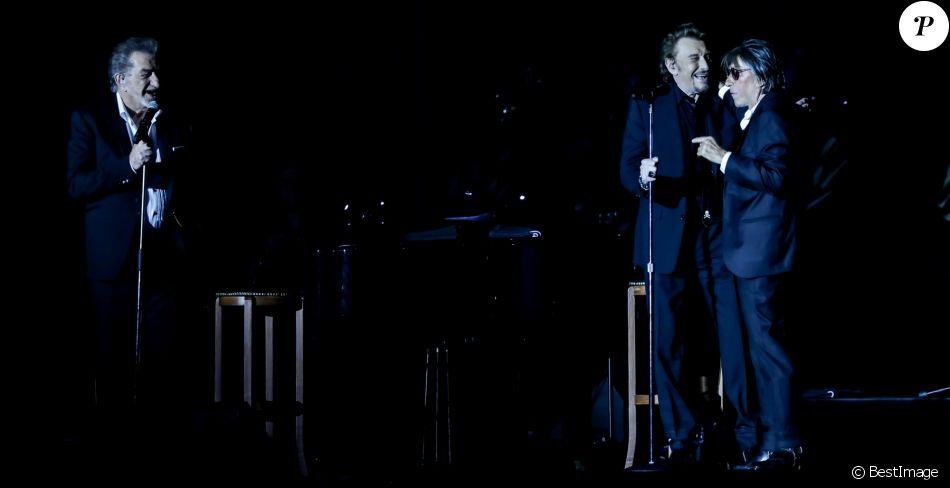 """Exclusif - Eddy Mitchell, Johnny Hallyday et Jacques Dutronc au Premier concert """"Les Vieilles Canailles"""" au stade Pierre Mauroy à Lille. Le trio sera en concert à Paris à l'Accorhotels Arena Popb Bercy le 24 juin, et sera retransmis en direct sur TF1 en Prime Time. Lille, le 10 juin 2017 © Andre.D / Bestimage"""