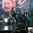 """Eddy Mitchell, Johnny Hallyday et Jacques Dutronc lors du Premier concert """"Les Vieilles Canailles"""" au POPB de Paris-Bercy à Paris, du 5 au 10 novembre 2014."""