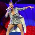 Katy Perry très provocatrice lors d'un concert le premier jour de BBC Radio 1 'One Big Weekend' à Burton Constable Hall à Hull, le 27 mai 2017.