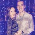 Antoine Griezmann et sa compagne Erika Choperena, alors enceinte de Mia, lors du réveillon du Nouvel An 2015. Photo Twitter Erika Choperena.