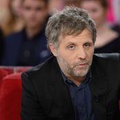 Stéphane Guillon viré de Salut les Terriens ? C8 rétablit la vérité !