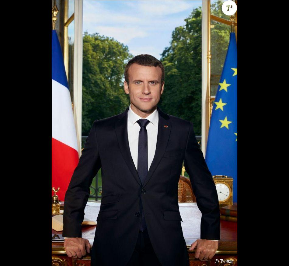 Emmanuel Macron dévoile son portrait officiel