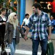 Anna Faris et son boyfriend dans les rues de L.A