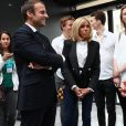 Emmanuel Macron et sa femme Brigitte Macron (Trogneux), Xavier Niel et sa compagne Delphine Arnault, Anne Hidalgo, Roxanne Varza enceinte (directrice de Station F) inaugurent le plus grand incubateur de start-up au monde, Station F à Paris le 29 juin 2017. © Sébastien Valiela/Bestimage