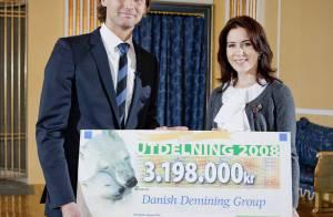 Quand la princesse Mary de Danemark reçoit un un gros chèque d'un... beau Suédois !