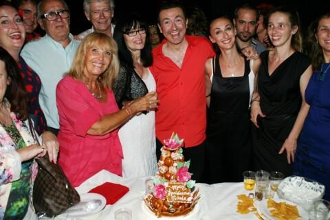 Gérald Dahan : Entouré de sa mère et sa soeur, ambiance de fête au Nez Rouge