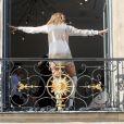 Semi exclusif - Céline Dion a un shooting photo place Vendôme à Paris le 3 juillet 2017.