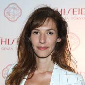 Doria Tillier, Elisa Tovati et Sandrine Quétier prennent une leçon make-up