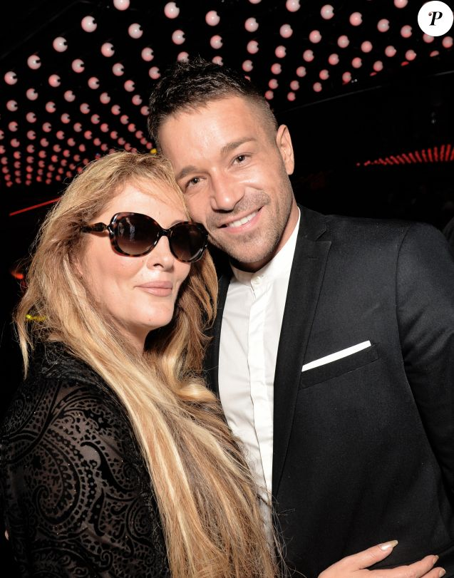 Exclusif - Loana Petrucciani et son compagnon Phil Storm ensemble à la Villa Schweppes lors du 70ème Festival International du Film de Cannes Le 25 mai 2017.