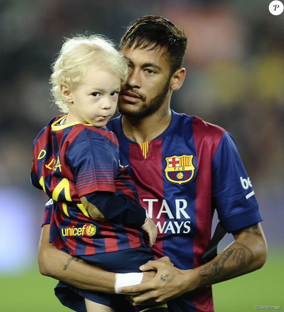 Neymar Da Silva Santos Junior avec son fils David Lucca da ...