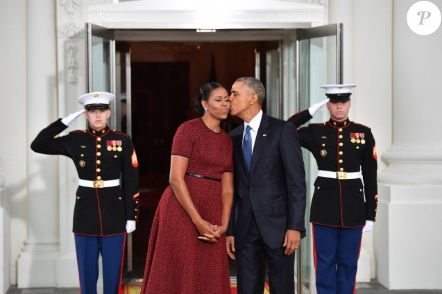 Barack obama a 56 ans comment michelle lui a f t son for Barack obama a la maison blanche