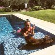 Pauline Ducruet se relaxe avec sa chienne Mala à Monaco, photo Instagram du 6 août 2017.