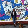 Pauline Ducruet dans Brooklyn lors d'un shooting pour le Elle China, avec sa chienne Mala, photo Instagram du 30 juin 2017.