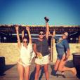 Pauline Ducruet avec ses amies Alexia et Chloé à Mykonos le 6 août 2016, photo Instagram