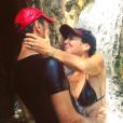 """""""Tomer Sisley et Sandra Zeitoun, amoureux sous une chute d'eau, le 12 août 2017 en Israël."""""""
