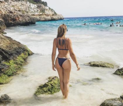 Marion Lefebvre (Top Chef) : Sensuelle en bikini, la chef fait monter la chaleur