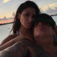 """""""Brittany Furlan et Tommy Lee lors de leur séjour aux Bahamas en amoureux en août 2017, photo Instagram."""""""