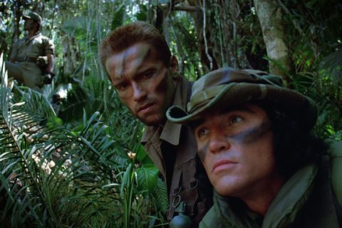 "Arnold Schwarzenegger : Mort de son partenaire de combat dans ""Predator"""