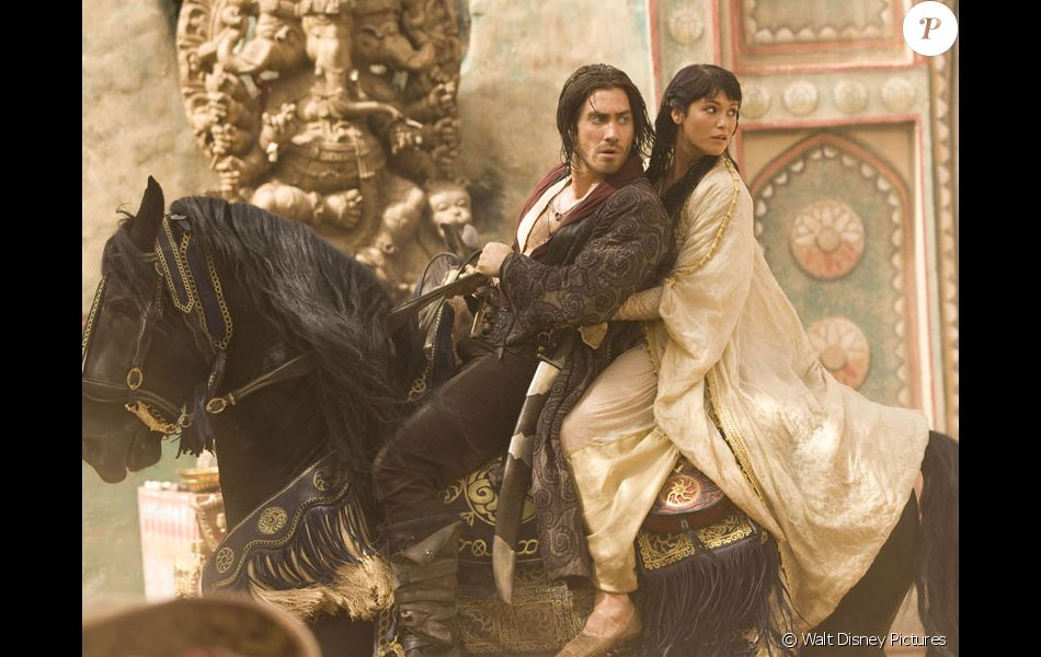 """Gemma Arterton et Jake Gyllenhaal dans """"Prince of persia : Les Sables du temps"""", en 2010."""