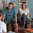 """Ingrid Chauvin et Alexandre Brasseur sur le tournage de """"Demain nous appartient"""" pour TF1."""