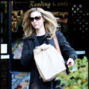 """Lisa Kudrow, Phoebe de """"Friends"""", a une bien petite mine..."""