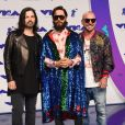 Jared Leto (tout de Gucci vêtu), son frère Shannon Leto et Tomo Milicevic (Thirty Seconds to Mars) - MTV Video Music Awards 2017 au Forum à Inglewood, le 27 août 2017.