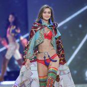 Victoria's Secret : Gigi Hadid retrouve ses ailes d'Ange pour le défilé !