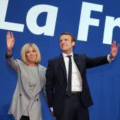 """Emmanuel Macron, son couple """"égalitaire"""" avec Brigitte : """"Il l'embrasse souvent"""""""