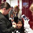 """""""Laeticia Hllyday a publié une vidéo de sa fille Jade, 13 ans, en train de se faire percer les oreilles dans sa story Instagram, le 20 septembre 2017."""""""