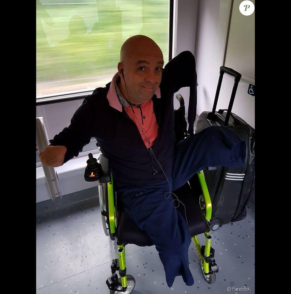 Philippe Croizon. Un contrôleur SNCF demande sa carte d'invalidité au nageur amputé