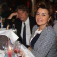 Bernard Tapie avec sa fille Sophier et sa femme Dominique lors d'une soirée pour les 85 ans de Michou et les 60 ans de son cabaret à Paris le 20 juin 2016.