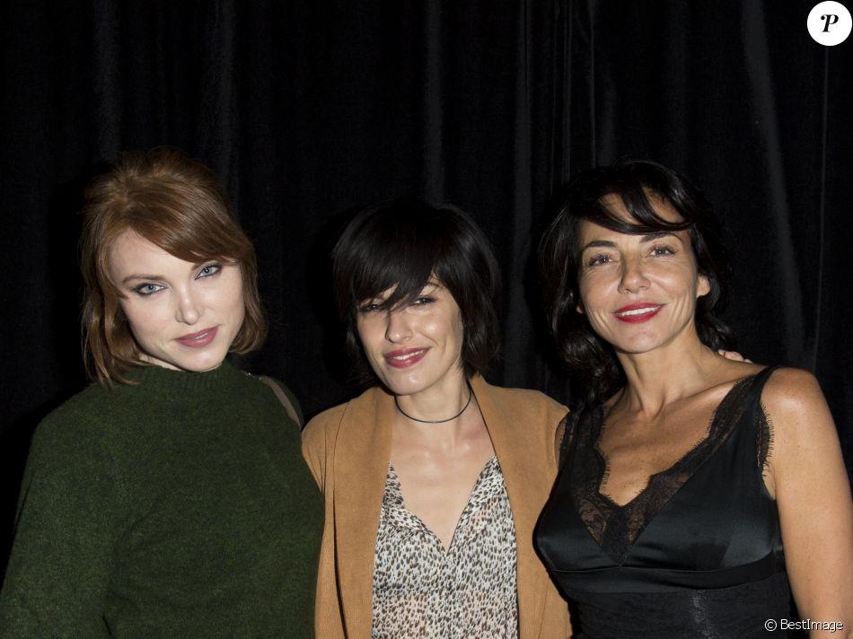 73c1985763b Jennifer Ayache (la chanteuse du groupe Superbus) et Sandra Zeitoun de  Matteis (habillée