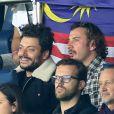 """Michaël Youn et Kev Adams assistent au match de Champions League """"PSG - Bayern Munich (3-0)"""" au Parc des Princes à Paris, le 27 septembre 2017. © Cyril Moreau/Bestimage"""