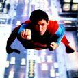 Christopher Reeve dans les premiers films de Superman avait la voix de...