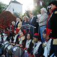 Sarah Biasini et Hugues Aufray au côté d'Eric Lejoindre, maire du 18e arrondissement de Paris - Cérémonie du ban des vendanges du Clos-Montmartre à la Fête des Vendanges 2017 à Paris, le 14 octobre 2017 ©JLPPA/Bestimage