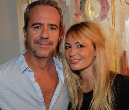 """Bruno Roblès : Soirée """"love etc"""" avec sa jolie compagne Anne-Christelle"""