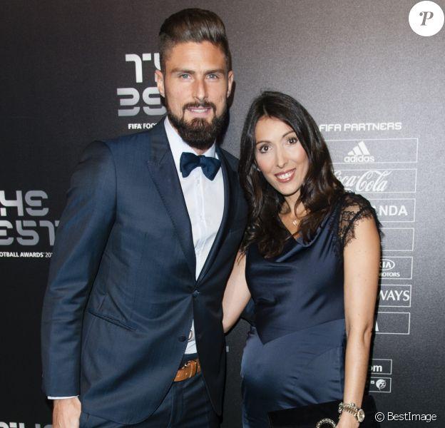 Olivier Giroud (plus beau but de l'année) et sa femme Jennifer enceinte - The Best FIFA Football Awards 2017 au London Palladium à Londres, le 23 octobre 2017. © Pierre Perusseau/Bestimage