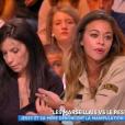 """Jessy revient sur son aventure dans """"Les Marseillais VS Le reste du monde"""" (W9) avec sa maman Elisabeth sur le plateau de """"Touche pas à mon poste"""" (C8), mardi 17 octobre 2017."""