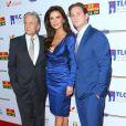 Michael Douglas avec sa femme Catherine Zeta-Jones et son fils Cameron Douglas à la 7ème soirée annuelle Legacy Vision à l'hôtel Four Season à Beverly Hills, le 9 novembre 2017