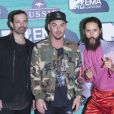 Tomo Milicevic, Shannon Leto et Jared Leto (Thirty Seconds to Mars) aux MTV Europe Music Awards 2017 à la SSE Arena. Londres, le 12 novembre 2017.