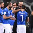 L'Italie est abattue : elle n'ira pas à la Coupe du Monde 2018, battue en barrage (0-1 sur les deux matchs) par la Suède au terme du match retour (0-0) à Milan le 13 novembre 2017.