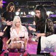 Karlie Kloss - Coulisses du défilé Victoria's Secret 2017 à la Mercedes-Benz Arena à Shanghaï, le 20 novembre 2017.