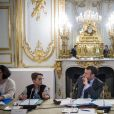 Le président Emmanuel Macron accueille les enfants de l'UNICEF pour la Journée internationale des droits de l'Enfant au palais de l'Elysée à Paris le 20 novembre 2017. © Eliot Blondet / Pool / Bestimage