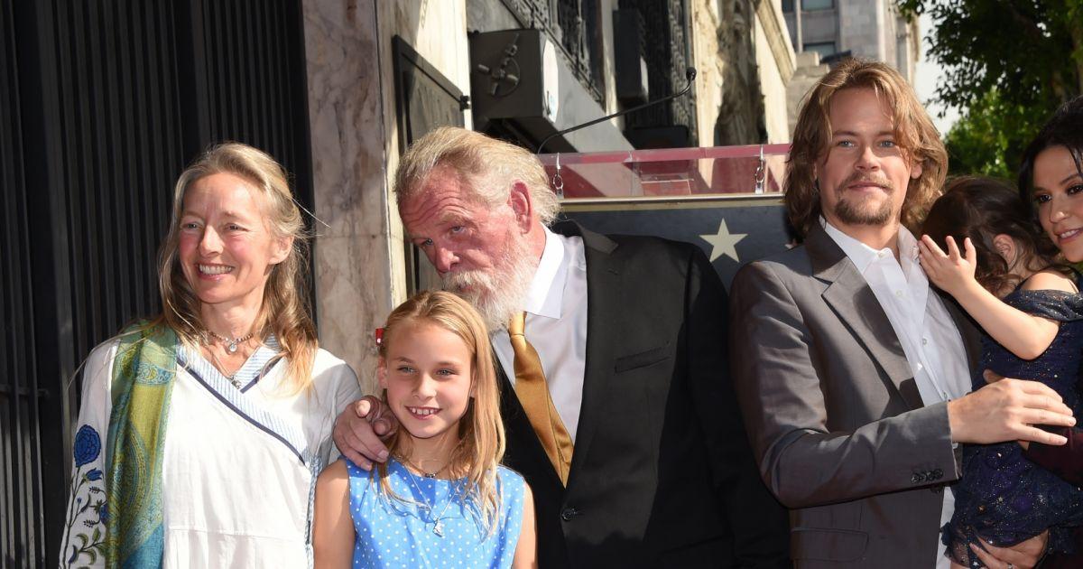 Nick nolte avec sa compagne clytie lane leur fille sophie leur fils brawley nolte accompagn - Sophie jovillard et sa compagne ...