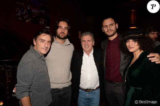 "Exclusif - Yvan Attal (réalisateur), Dimitri Rassam (producteur), Daniel Auteuil, Benjamin Elalouf (producteur), Camélia Jordana - After-party du film ""Le Brio"" organisée par Five Eyes Production au Buddah Bar à Paris, le 21 novembre 2017. © Rachid Bellak/Bestimage"