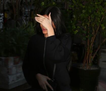 """Kylie Jenner enceinte : Elle """"veut disparaître"""" et revenir après l'accouchement"""